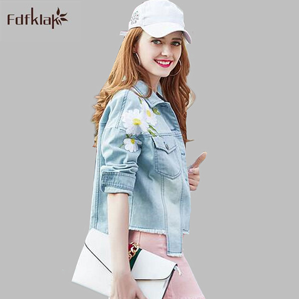 High quality new women denim   jacket   flower embroidery fashion tops short jeans   jackets   spring autumn   basic   denim coat A680