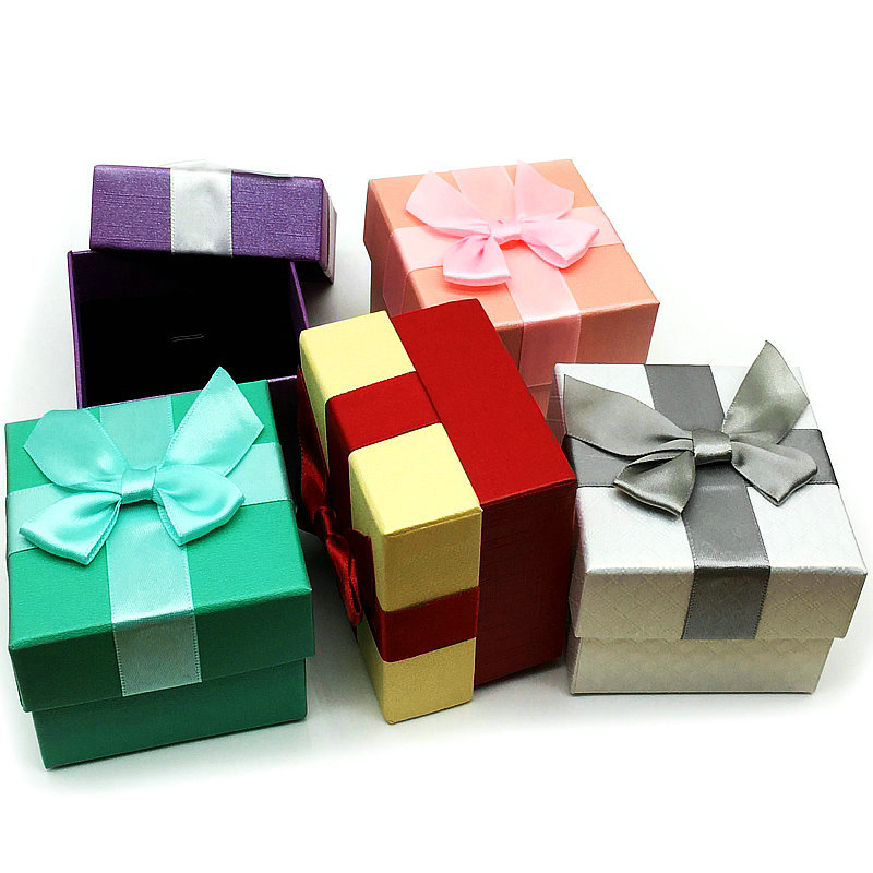 20Pcs / Lot High Quality 7.5 * 7.5cm Ring Pendant Bow tie Jewelry Box Gift Box 5 Colors Wholesale Free Shipping B-073