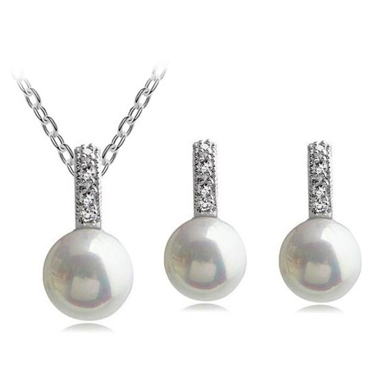 kerek labdával szimulált gyöngy strasszok Valentin ajándék nyaklánc fülbevalók divat ékszerkészlet Szerelmeseknek ingyenes szállítás promóciós királynő