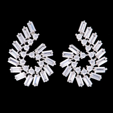 SisCathy Brand AAA Cubic Zirconia boucles d oreille femme Stud Earrings For Bridal Women Fashion Design Silver Crystal