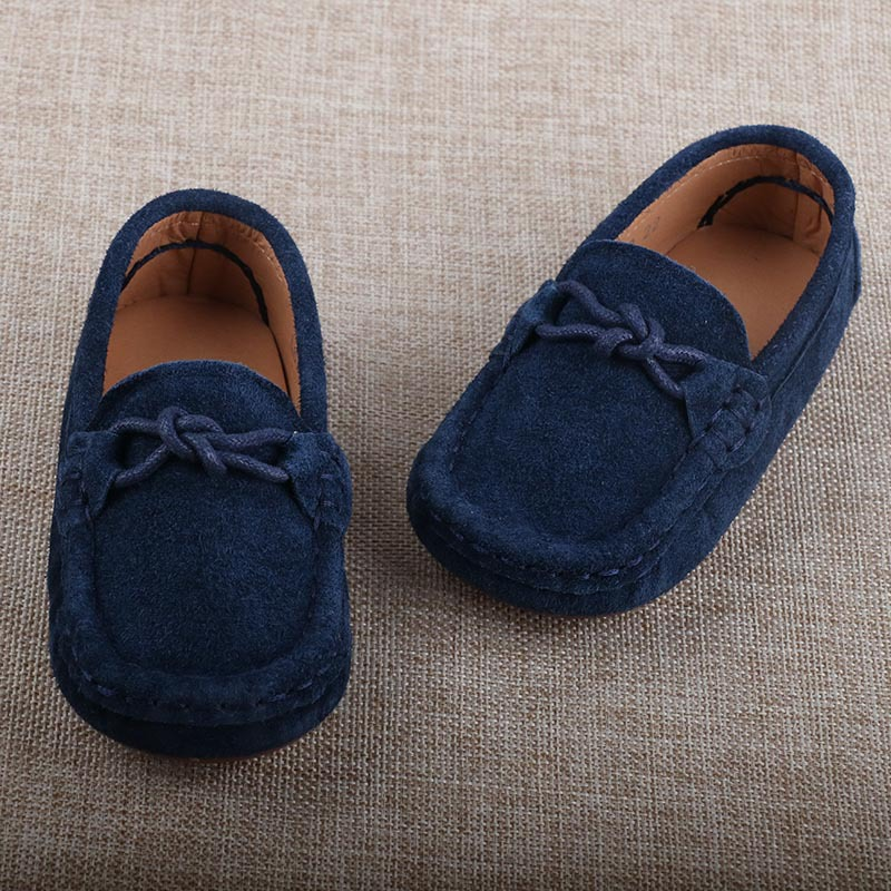 fe6260ca573 2017 Spring Fashion Kids Loafers Boys Genuine Leather Shoes Girls Flats  Toddler Children Casual Sneakers Suede mocassin enfant-in Sneakers from  Mother ...