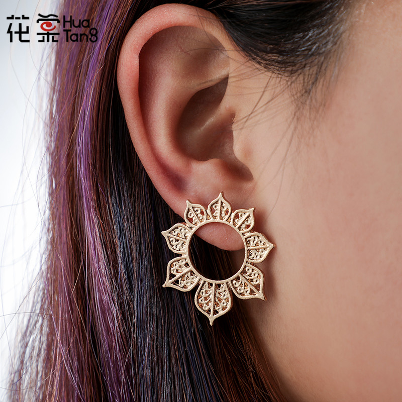 HuaTang Boho Gold Black Color Charming Earring for Women Geometric Flower Carving Pericing Drop Earring Party Jewelry 6972