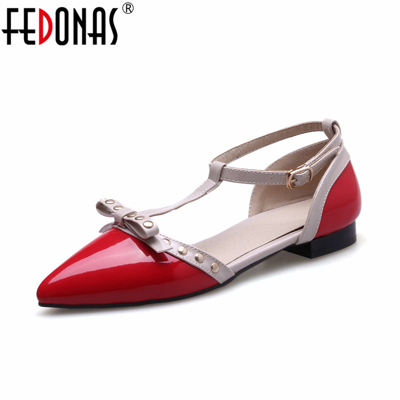 FEDONAS Roman Style Women Flats Shoes Ladies Sexy T-strap Rivets Stiletto Spring Autumn Casual Shoes Woman Pointed Toe Flats beyarne rivets decoration brand shoes flats women spring autumn fashion womens flats boat shoes sexy ladies plus size 11
