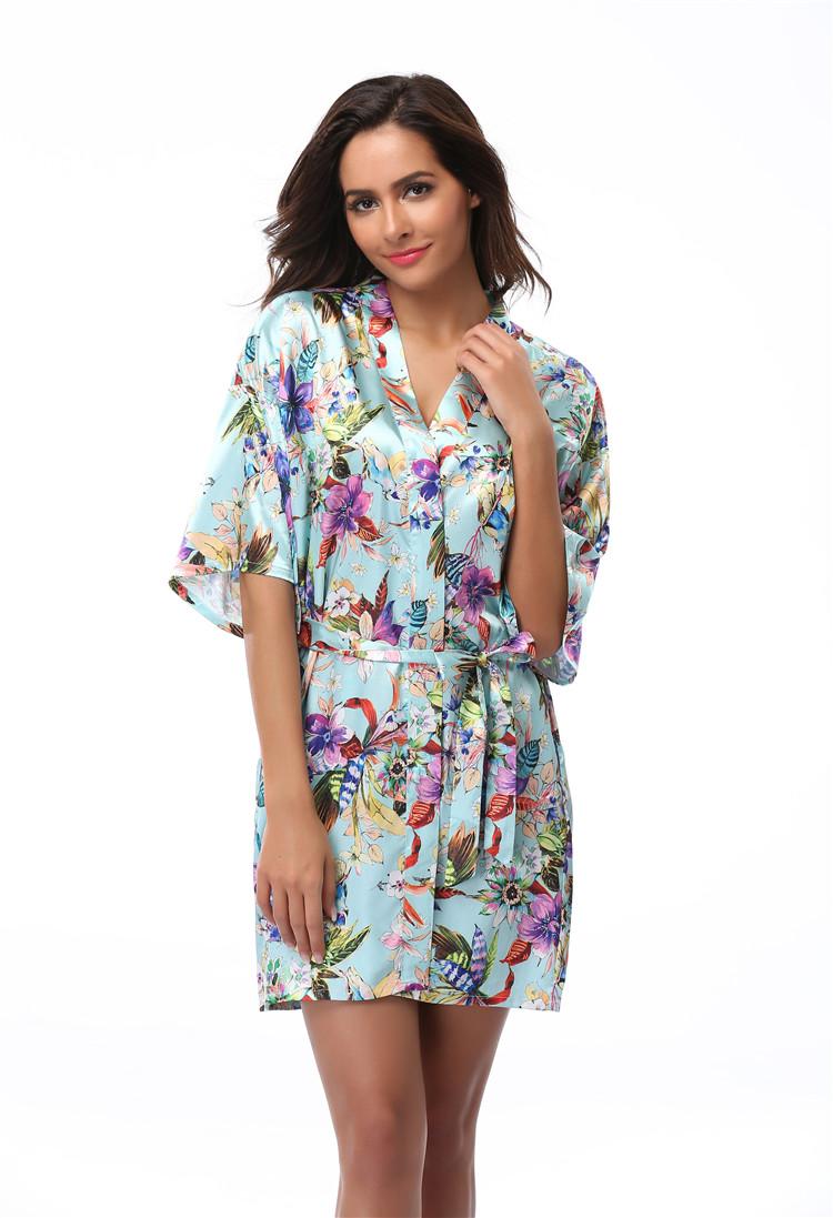 Women s Bathrobe Floral Kimono Robe Short Lingerie Nightdress Sexy  Sleepwear V-neck Bath Robe Nightgown Bride Robes Size S-XXXL b33395ab7