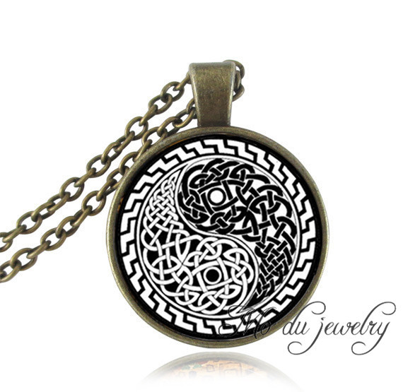 Yin yang oriental jewelry chinese picture paper cut necklaces yin yang oriental jewelry chinese picture paper cut necklaces pendants vintage yin yang glass art pendant for women men in pendant necklaces from jewelry aloadofball Images