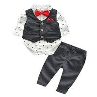 2018 Autumn new baby boy clothes set cotton long sleeved Romper + trousers + vest 3 pcs. geometric newborn baby boy clothes set