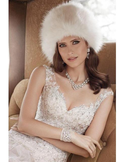 Rot Schwarz Weiss Braut Hut Braute Mode Russische Warmes Winter Pelz
