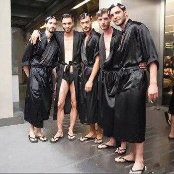 Solid Black Groomsman Robe Men Silk Satin Robe Summer Casual Sleepwear V-Neck Kimono Yukata Bathrobe Gown Size S M L XL XXL