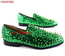 Fashion Green Spiked Loafers Shoes Men Round Toe Bling Sequins Banque Wedding Shoes Mens Slip On Rivers Men casual Shoes Leather цена в Москве и Питере