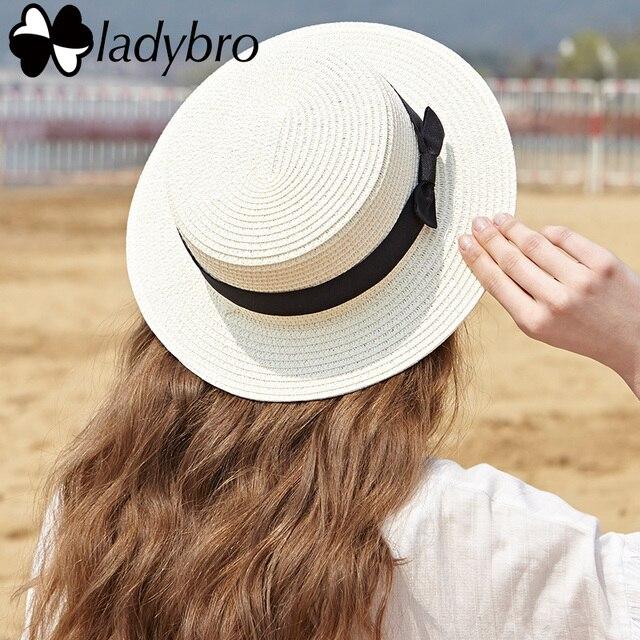 e87e54a9c4dc2 Ladybro Verão Mulheres Chapéu Panamá Velejador Chapéu de Praia Feminino  Casual Lady Clássico Fita Bowknot Plana