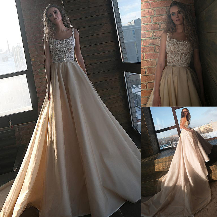 Winsome A-line Wedding Dresses With Beaded Lace Appliques & Belt Champagne Lace Bridal Gowns Vestido De Noiva Curto