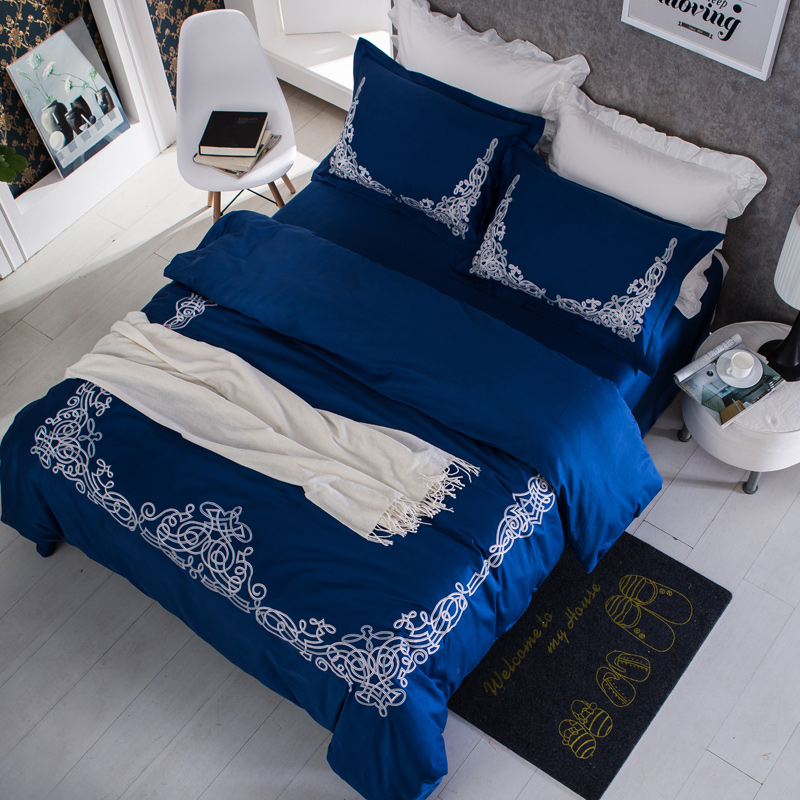2017 Bohemia Bedding Set 4 Pcs Queen Size embroidery Duvet Cover Set Bedsheet Pillowcase Egyptian cotton Bed Linen Hot Sale2017 Bohemia Bedding Set 4 Pcs Queen Size embroidery Duvet Cover Set Bedsheet Pillowcase Egyptian cotton Bed Linen Hot Sale