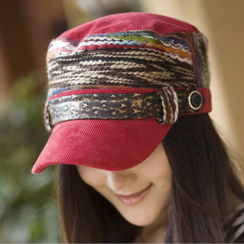2019 Nueva versión de Corea del Sur Gorra de béisbol de las mujeres Snapback Multicolor Hebilla de cinturón Rivet Cap Sombrero de tela de pana para las mujeres