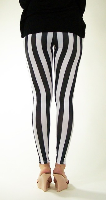 2017 Women's Black and White Spandex  Zebra Print Fashion Sexy Leggings Vertical Stripe Pants For Women