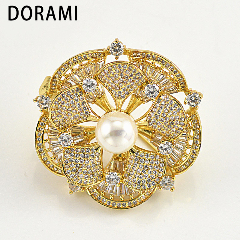 DORAMI Round Flower Brooch with Shell Pearl Good quality Garment Accessories  PIN Dance party gift Fine Popular Jewerlry