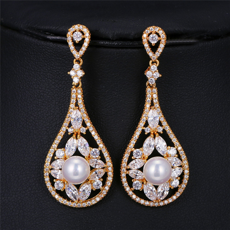 Wedding Earrings White Gold: Luxury Unique Chic Round Cream Pearl Drop Earrings White