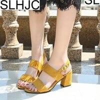 SLHJC D'été Sandales Femmes Mode Haute Talons Pompes Sandales Chaussures Large Sangle Confort Chunky Talon Ouvert Orteil Femmes Robe Chaussures