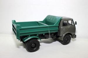 Image 2 - الأصلي الروسية نموذج ، 1:43 سبيكة خمر شاحنة ماز ماس النقل شاحنة ، محاكاة شاحنة لعبة ، جمع الكلاسيكية ، شحن مجاني