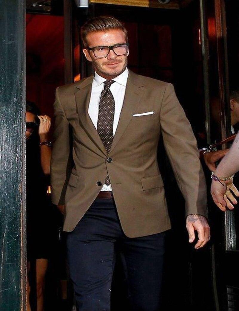 ba224721a0 Przystojny Beckham Brązowy Dorywczo Mężczyzna Garnitur Slim Fit Zamówienie  Męskie Wesele Suits Groom Smokingach (Kurtka + Spodnie + krawat) terno 2017