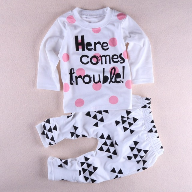 New cute baby petty girl clothes cotton baby girl set long sleeved clothing printed t-shirt+pants 2pcs set R1111
