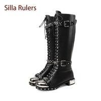 Silla Линейки модные Натуральная кожа, женские мотоциклетные ботинки из металла круглый носок Обувь на среднем каблуке заклепками с ремешком