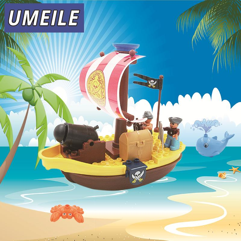 UMEILE Brand  Pirate War Ship Boat Model Assemblage Building Block Juguetes Brick Set Compatible With Duplo Kid Boys Bath Toys lepin 22001 pirate ship imperial warships model building block briks toys gift 1717pcs compatible legoed 10210