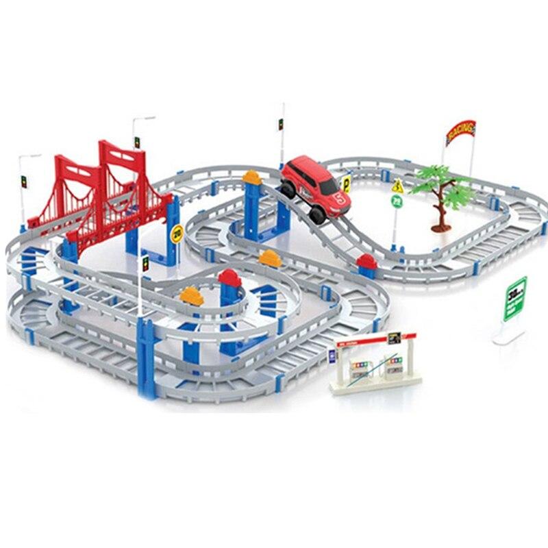 2016 Korlátozott Top divat nyerőgép Chuggington Juguetes Elektromos vasúti autójáték Multilayer játékok Járművek gyerekeknek Legjobb karácsonyi ajándék