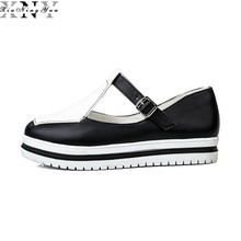 Ladies's Flats Sneakers New 2017 Slip on Lady Style Leather-based Loafers Model Designer Black&White Informal Sneakers Ladies Mary Janes Three/30