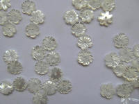 high quality 50pcs genuine MOP Shell beads 8\10\12mm Fluorial Petal chrysanthemum Caps Rose Flower Carved white shell jewelry