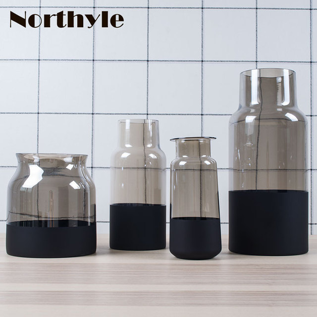 Industry Style Dull Polish Bottom Glass Vase For Home Decoration