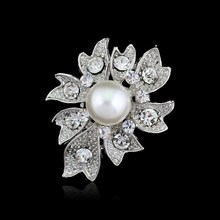 luxury wedding party Bride brooches jewelry Big Simulated pearl brooches for Women crystal rhinestone brooch pin collar clip pin