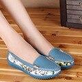 2017 nuevo Verano Del cuero genuino mujeres de los planos zapatos femeninos ocasionales planos de las mujeres mocasines zapatos resbalones de cuero flor de las mujeres planas zapatos
