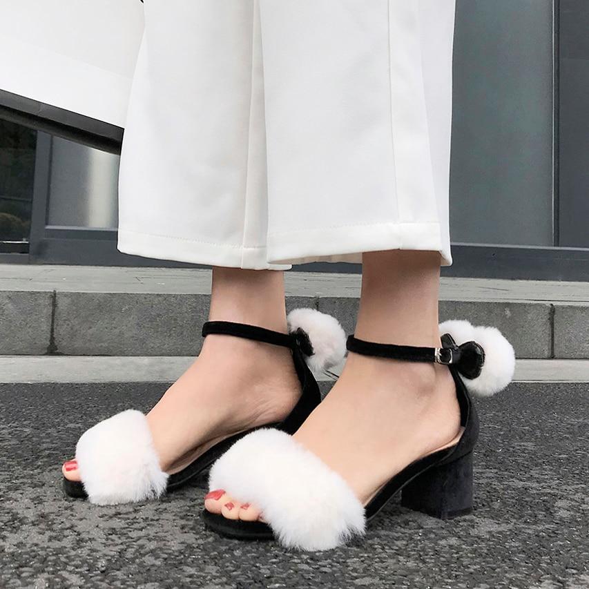 Womens//Ladies Rabbit Pom Pom Slippers