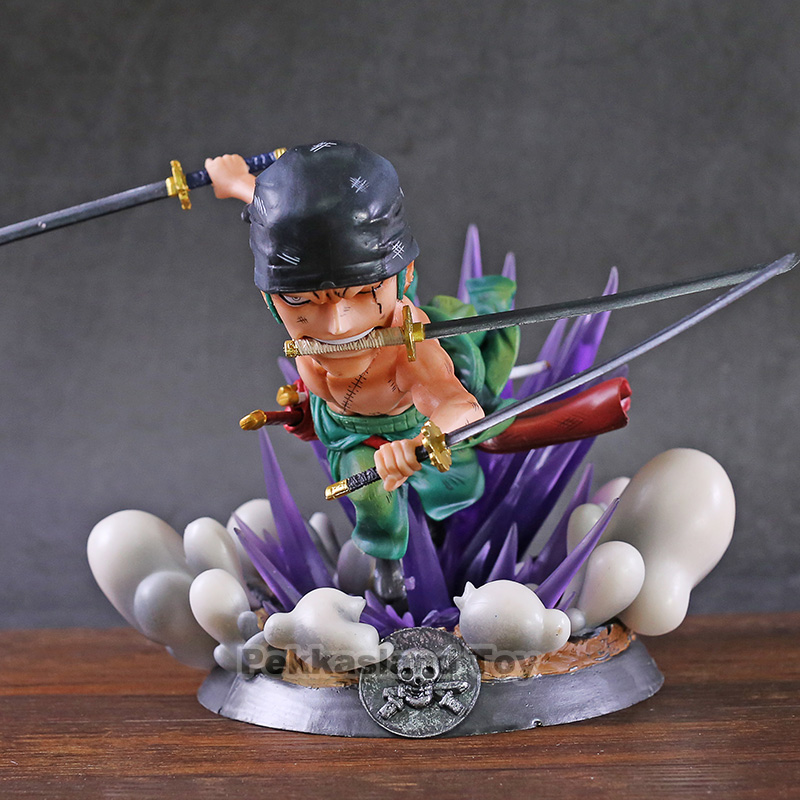 Une pièce Roronoa Zoro compétence de combat à trois couteaux sournois mode PVC décoration cadeau d'anniversaire figurine jouet