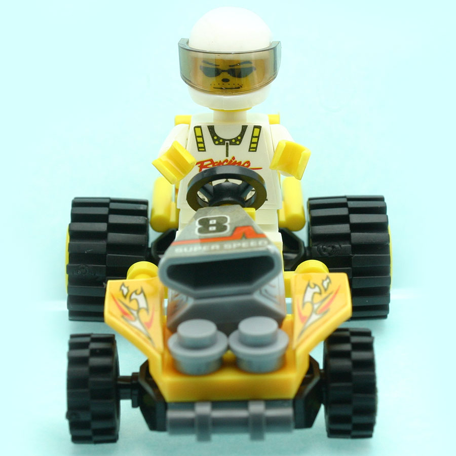 27Pcs/set Beach Motorcycle Model Figures Staff Toys for Kids Building Block Kits Compatible with All Brands DT0093