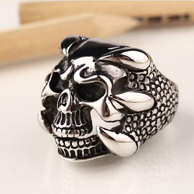Venta al por mayor (10) tide person retro tridimensional skull men ring cumpleaños regalo joyería anillo titanio acero dominación anillo - 2