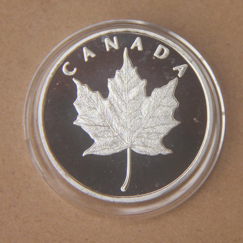 Canada Unique Gift COINS Beautiful Maple Leaf Sliver Coin Canada Souvenir Coins