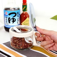 Creative home kitchen seasoning sauce bottle green glass cylinder multi-purpose cans with a spoon 8*6cm free shipping