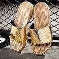 2016 Mens Del Verano Sandalias Planas Ocasionales de Ocio Suave Flip Flop, EVA Masaje Beach Zapatillas zapatos para hombre hombres de charol zapatillas