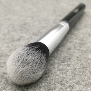 Image 3 - Sylyne tapered highlighter Brush #204 high quality face makeup brushes.