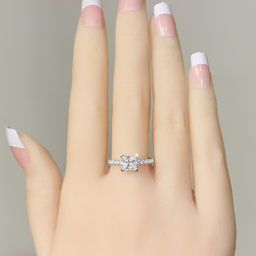 67e01f41ded US $39.98  Princess Cut 1.5 Carat 925 Sterling Silver Princess Cut Diamond  Promise ring Proposal Ring Engagement Ring For Women-in Rings from Jewelry  ...