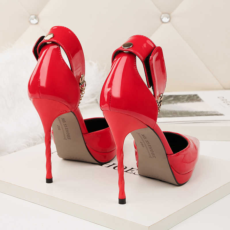 4913cefe6f5dd7 ... 2018 Women Summer Fetish 11cm High Heels Stiletto Heels Sandals Lady  Pumps Female Lock Strap Wedding ...