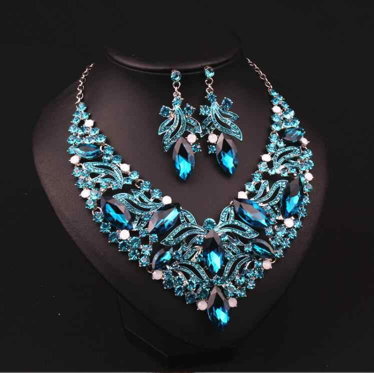 Europa e nos Estados Unidos Colar de Cristal clavícula menina versão Coreana de ornamentos de moda de luxo exagerado Retro Europa