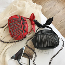Women's Small Handbag 2019 Leather White Rivet Messenger Bag Women's Shoulder Bags Chain Tassel Red Hangbags Luxury Black Female red rivet