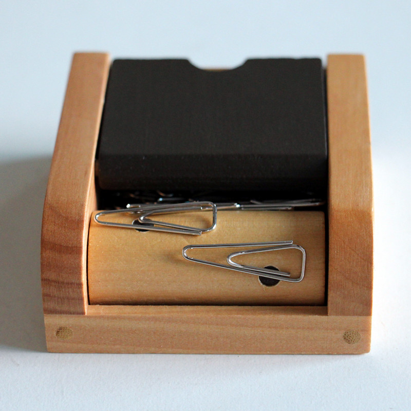 Wood paper clip dispenser office clip holder paperclip box magnetic office accessory school supplies desk accessories clip caseWood paper clip dispenser office clip holder paperclip box magnetic office accessory school supplies desk accessories clip case