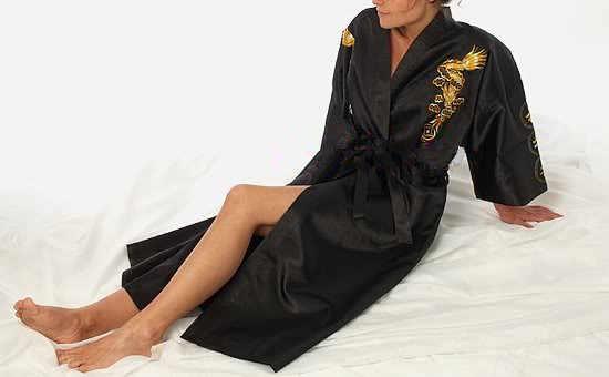 ブラック中国の伝統的な刺繍サテンローブドラゴン着物バースドレス男性パジャマプラスサイズ XXXL S0011