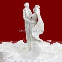 Großhandel 20 teile/los Hochzeitstorte Dekoration Ereignis Partei Liefert Keramik Braut und bräutigam Paar Figuren Hochzeitstorte Topper