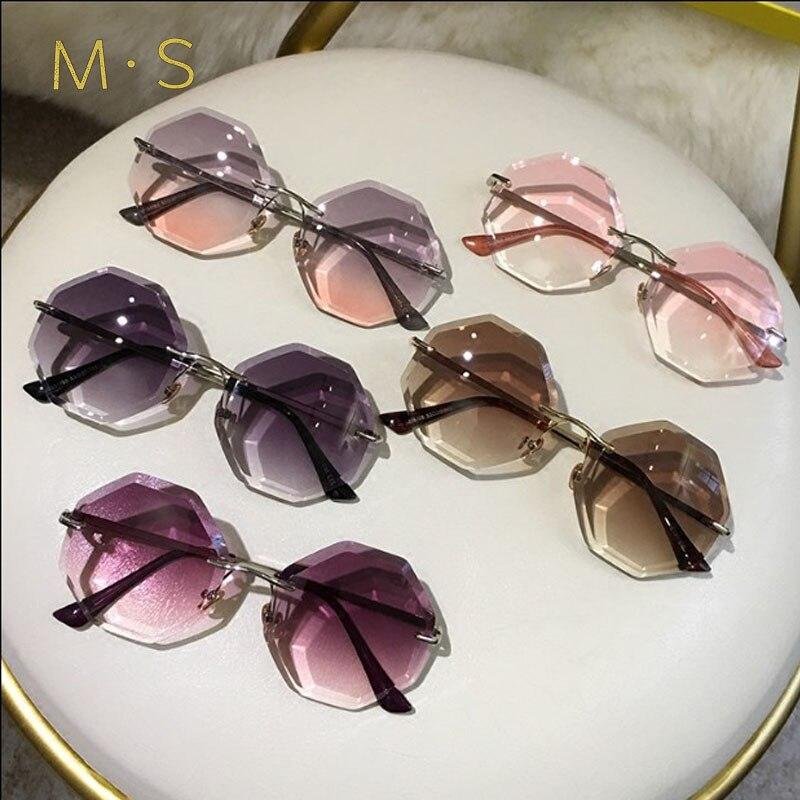 Nova rodada óculos de sol das mulheres de grandes dimensões óculos 2018 óculos de sol sem aro gradiente marrom cor de rosa para presente feminino Marca Designer uv400