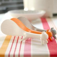 Лидер продаж, лучшая Милая пластиковая ПП мультяшная домашняя кухонная ложка в форме белки, совок для риса, ложка для супа, соуса, лопастной ковш, случайный цвет