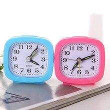 Reloj de pared vintage de mesa digital de forma redonda nuevo reloj colorido reloj despertador digital de aguja de plástico de escritorio de cuarzo SEP 12